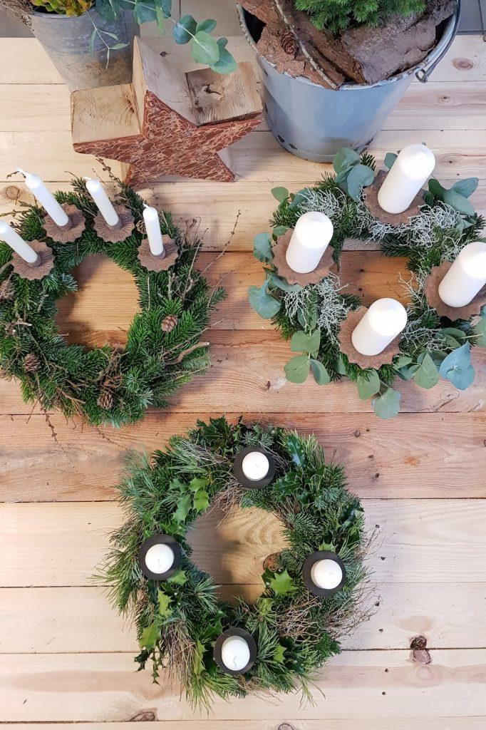 DIY Adventskranz Ideen selber machen Advent Kranz Kränze natürlich dekorieren für Weihnachten