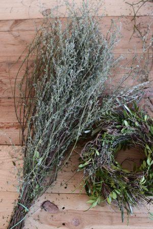 Mit dem getrockneten Thymian holt ihr euch etwas Besonderes ins Zuhause.Der Thymian eignet sich perfekt zum Kranzbinden oder Sträuße binden.