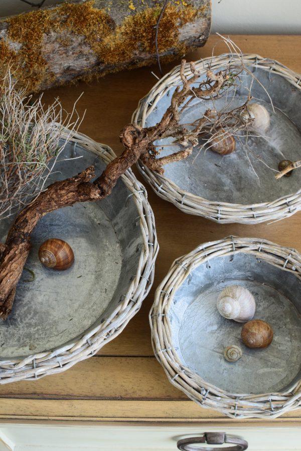 Metallschalen im 3er Set. Dekoidee Dekoschale aus Metall und Weidengeflecht für deine Naturdeko
