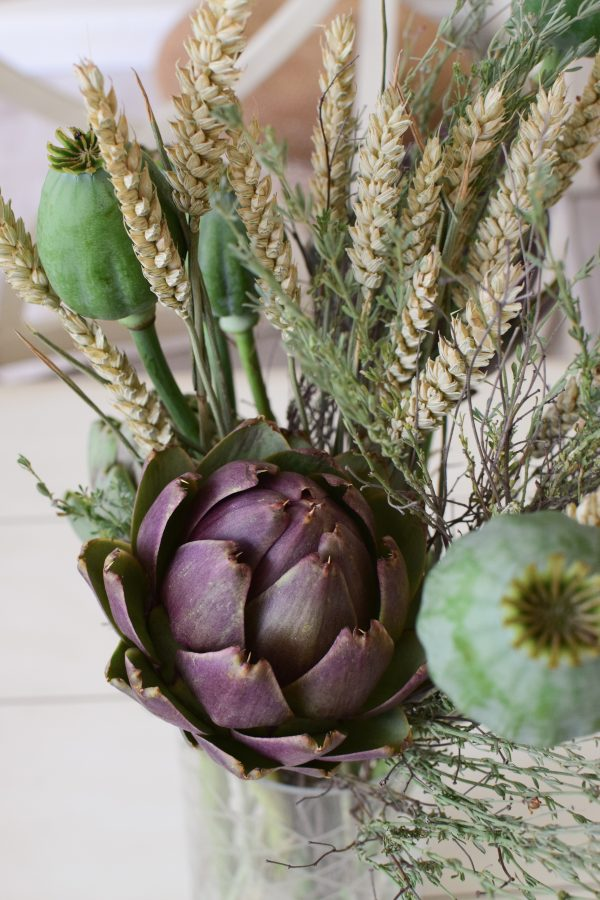 Frische Artischocke, Weizen, Mohn und Thymian für deine Naturdeko Ideen. Ideal für Kränze, Sträuße oder als Solität. Einfach und schnell mit Naturmaterialien Kreativsein, Gestalten, Basteln