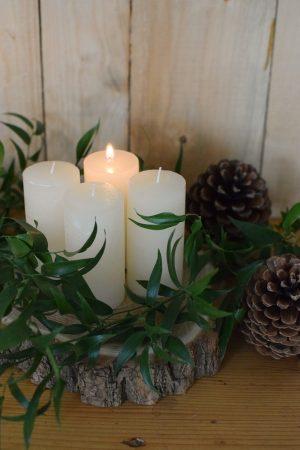 Kerzen für den Adventskranz. Set Winter Weihnachten Advent Kerze kaufen weiß
