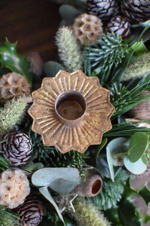 Kerzenhalter für deinen Adventskranz im Antik-Look in Vintage Gold für Stabkerzen. Advent Weihnachten Adventsdeko Adventskranz Kerze