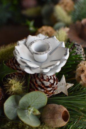 Kerzenhalter für deinen Adventskranz in Blütenform in Vintage weiß für Blockkerzen. Advent Weihnachten Adventsdeko Mini Kerzen