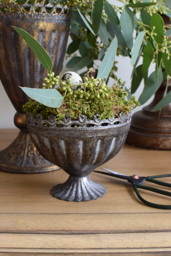 Pokal Metall zum Dekorieren. Becher Gefäß Vase Metallpokal Deko Naturdeko Topf Schale Becher