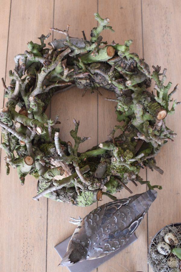 Kranz aus Ästen den Apfelbaumes. Fertigkranz perfekt zum Dekorieren. Naturdeko mit Hokzkranz. Kränze, Dekokränze, Naturkränze