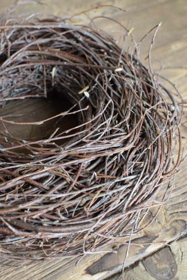 Kranz aus Zweigen Naturmaterialien Kränze Fertigkranz gebunden