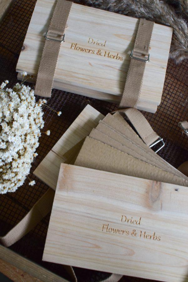 Blumenpresse zum Pressen von Blumen aus Holz und Pappe. Einfach selber pressen. Naturdeko Blüte Blüten Presse