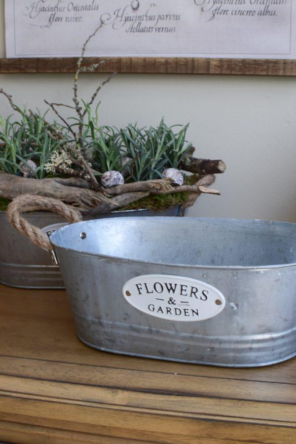 Zinkschale Flowers and Garden. Verzinkt. Topf aus Zink. Wasserdicht für deine Pflanzen outdoor und indoor. Natürlich dekorieren mit Mrs Greenery Produkten