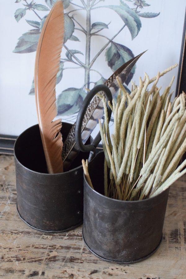 Antike Pflanztöpfe Becher aus Metall Einzelstücke Vintage Mrs Greenery Shop