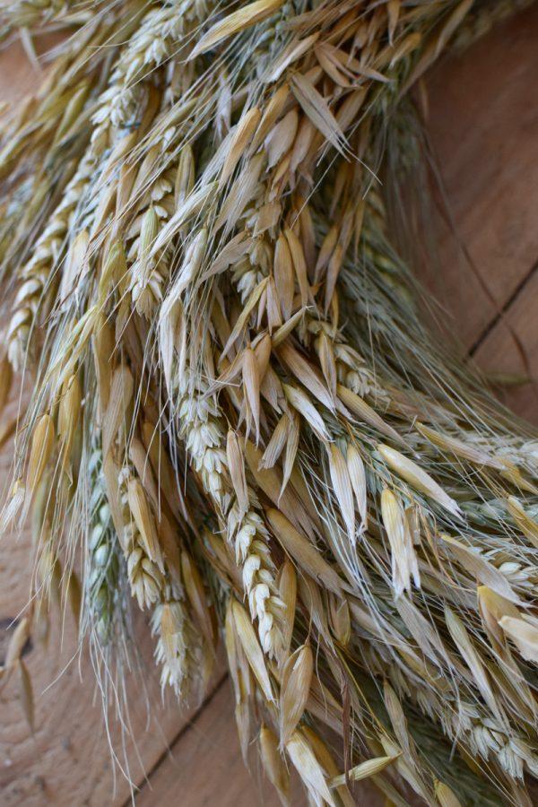 Getreide Kranz binden. Sommerkranz Getreidekranz Herbstkranz inkl. Material Kränze selber machen aus getrockneten Blumen. Trockenblumenkranz, Kränze selbermachen DIY Selberbinden selbermachen