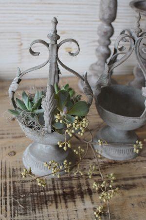 Pflanzkrone Metall Vintage Metalldeko Pflanzen grau Pflanztopf Gefäß Topfpflanze deko Dekoidee Mrs Greenery Shop