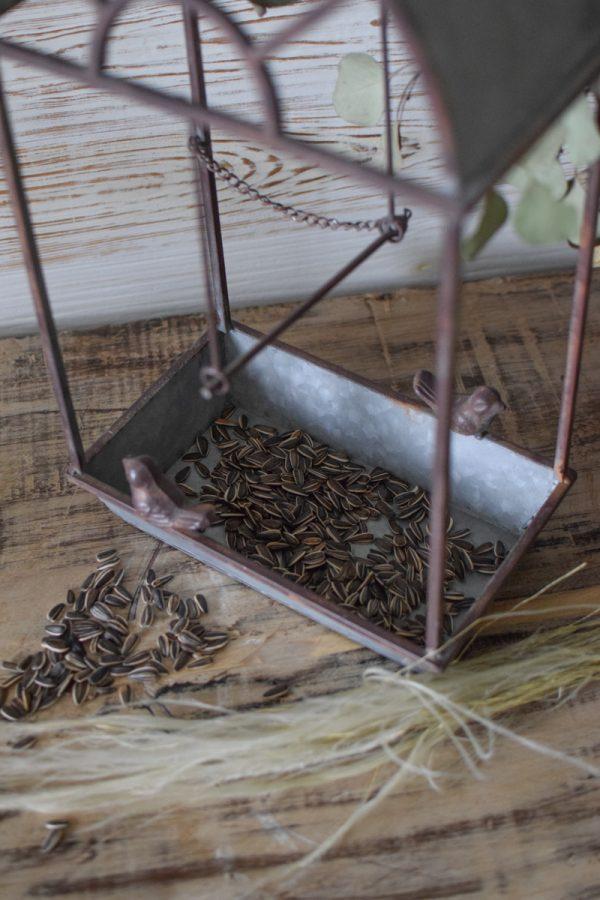 Futterhaus mit Stil Vintage für Vögel. Vogelhaus zum Füttern. Futterstation Pavillion aus Metall für deinen Garten Gartendeko mit Stil aus dem Mrs Greenery Shop