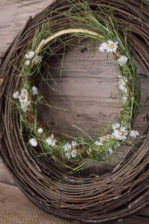 Kreativ-Set Sommer Loop mit Trockenblumen für den Online Workshop im Mrs Greenery Abo. Kranzbinden Loop kreativsein