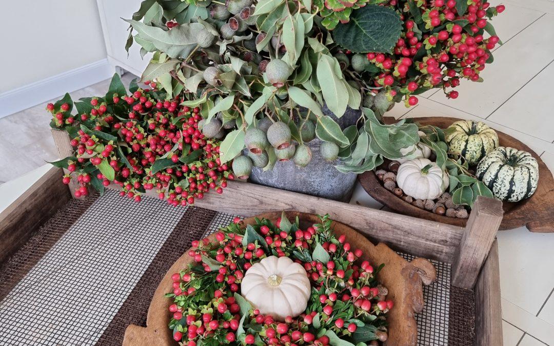 Fruchtiger Beerenkranz für den Herbst