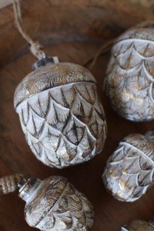 Holz Anhänger Eichel Holzeichel Aufhänger Hänger Weihnachtsanhänger Holzdeko Advent Weihnachten natürliche Weihnachtsdeko im Mrs Greenery Shop bestellen