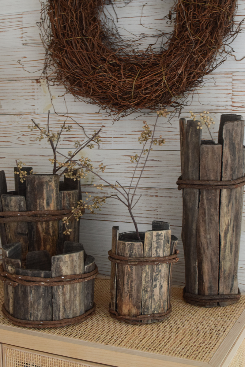 Holz Vase Übertopf aus Holz Treibholz Naturtopf Schale Vase Farnwurzelkranz fertig gebunden aus Farnwurzeln Fertigkranz Kranz Kränze Naturkranz im Mrs Greenery Shop bestellen